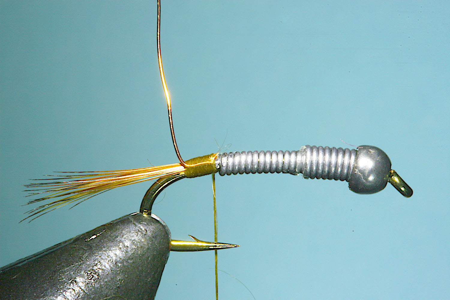 hare's mask darter fly pattern and tying steps